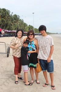 Bangkok cousin 300