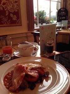 Rodney Hotel Breakfast
